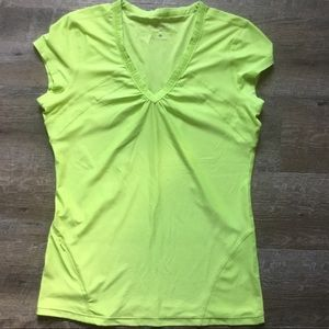 Athleta Wick It Work It Athletic Tee Lime Green S